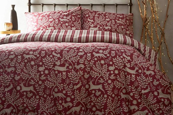 skandi woodland red duvet set paoletti
