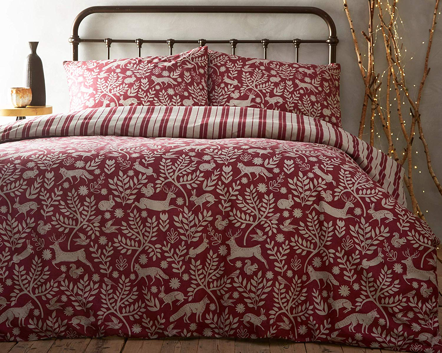 Skandi Woodland Wildberry Red Duvet Set Creative Cloth By Paoletti