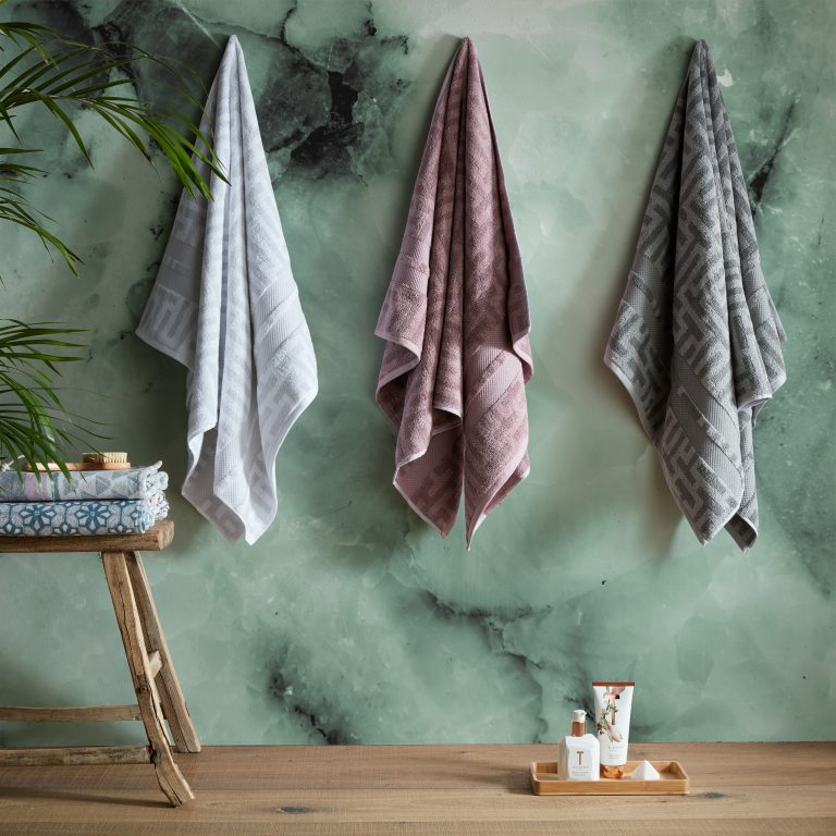 tes baker tessallating t towels