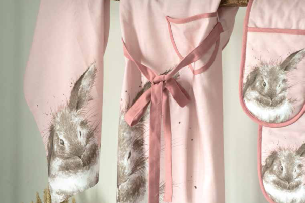 wrendale-pink-rabbit-kitchen-textiles
