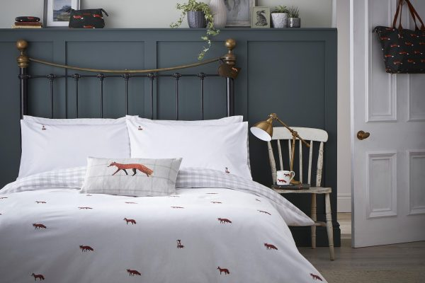 Foxes Bedding by Sophie Allport