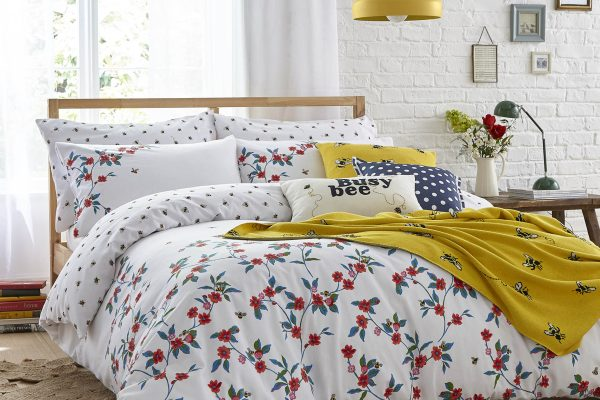 Greenwich Flowers Multi Duvet Cover Set